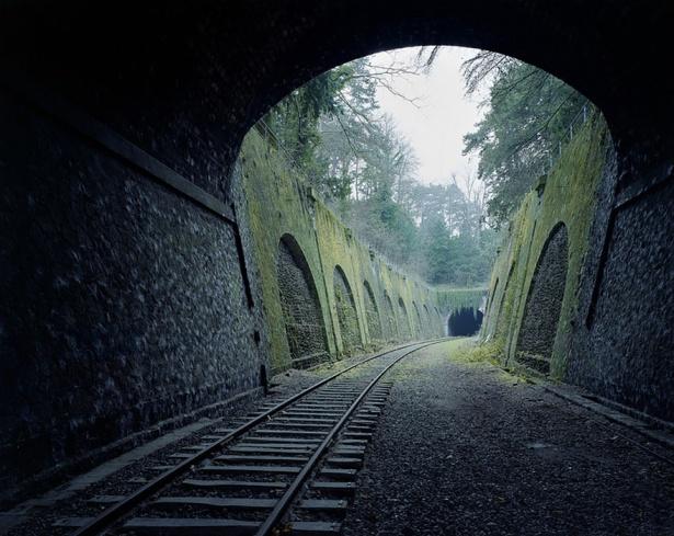 10. Cale ferată veche de 160 de ani - în prezent abandonată, Paris.