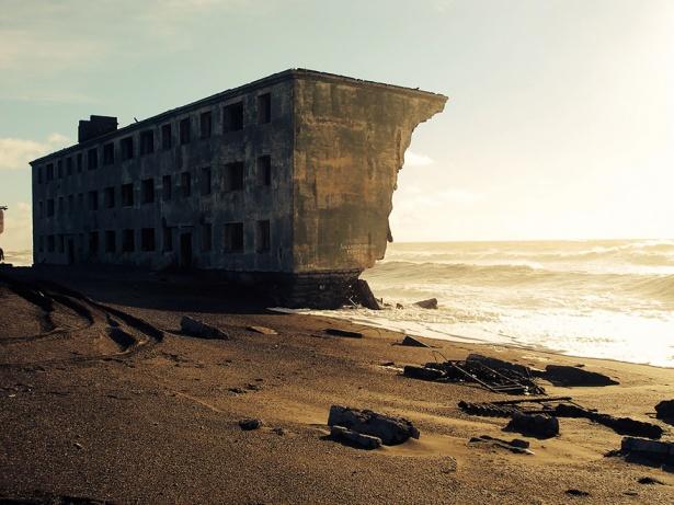 16. Oraş de pescari abandonat în Kamchatka, Rusia.