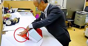 Iată metoda prin care se împachetează cadourile în Japonia. O ştiaţi? E genială!