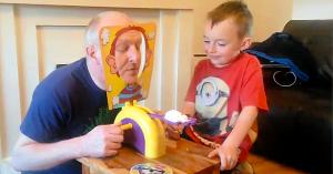 jocul-cu-bunicul