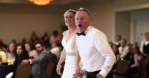 Acest dans tată-fiică începe într-o notă sensibilă... până când totul ia o întorsătură neaşteptată