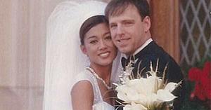 Un chirurg plastician s-a căsătorit cu o femeie frumoasă: Priviţi-o cum arată acum, remodelată din cap până în picioare!