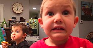 Tatăl îşi întreabă băieţelul de 4 ani dacă se va căsători. Răspunsul copilului a devenit viral peste noapte