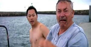 Acest pescar a crezut că prietenul său canin se înecase în timpul furtunii - apoi poliţia recuperează epava iar finalul e coplesitor