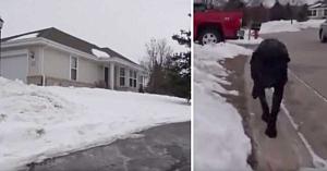 Comportamentul ciudat al câinelui l-a făcut pe poliţist să-l urmeze până acasă. Câteva clipe mai târziu apela dispeceratul