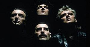 Au scos instrumentele de pe fundal pentru a lăsa doar vocile trupei Queen. Rezultatul e o încântare!