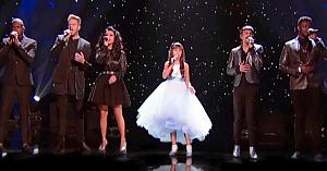 """Pentatonix se alătură unei fetiţe cu autism. Interpretarea emoţionantă a piesei """"Hallelujah"""" îi lasă pe toţi cu lacrimi în ochi"""