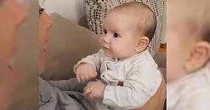 Mama începe să-i fredoneze fetiţei sale un cântec îndrăgit. Reacţia micuţei face deliciul tuturor