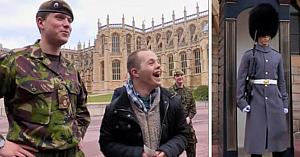 Un tânăr cu sindrom Down îşi vizitează fratele militar. Reacţia lui plină de mândrie este copleşitoare