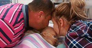 Părinţii îi dau sărutul de adio fetiţei lor muribunde. 30 de minute mai târziu, un strigăt asurzitor se aude din camera ei
