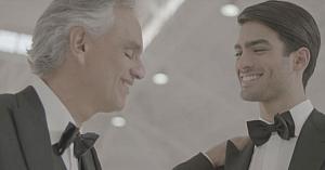 Andrea Bocelli i se alătură fiului său pentru un duet superb care a cucerit deja inimile tuturor